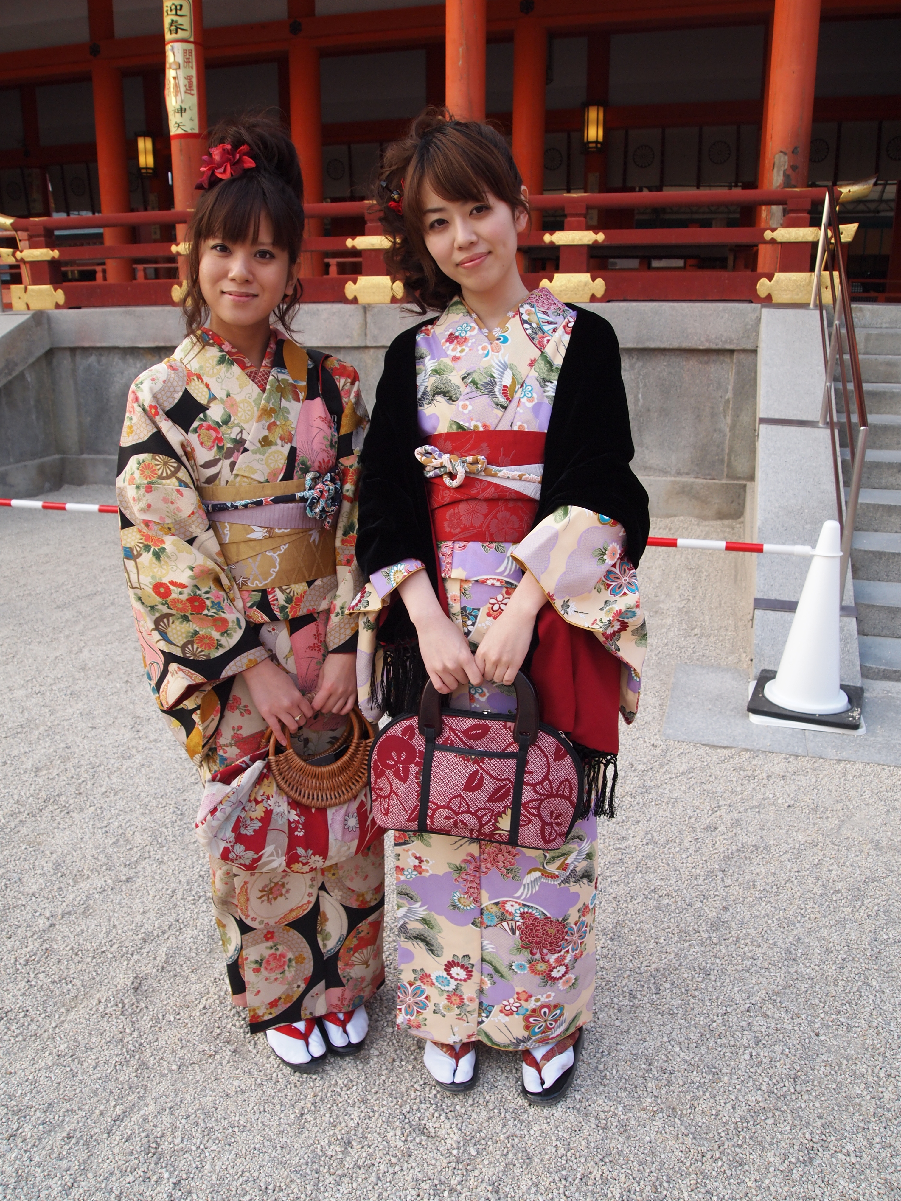 kyoto single women Girltalk japan-- a mini guide for women   as a woman traveller and someone who lives in japan, i believe  you can pay for a single class or, if you're .