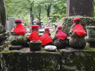 figures at Jokoji Temple