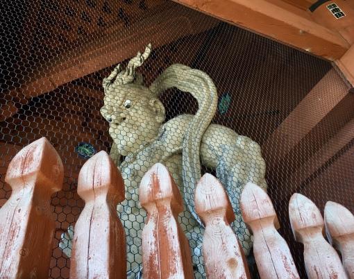 Niō statue